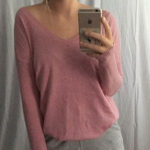 Comfyyyyy pink sweater